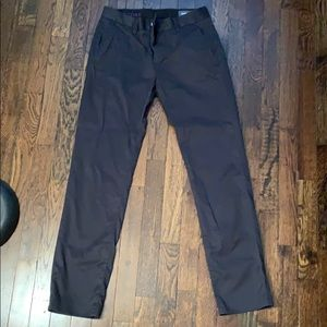 Bonobos weekday warrior pants in Tuesday black